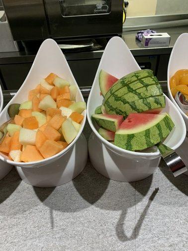 fruit in bakken vol met koolhydraten